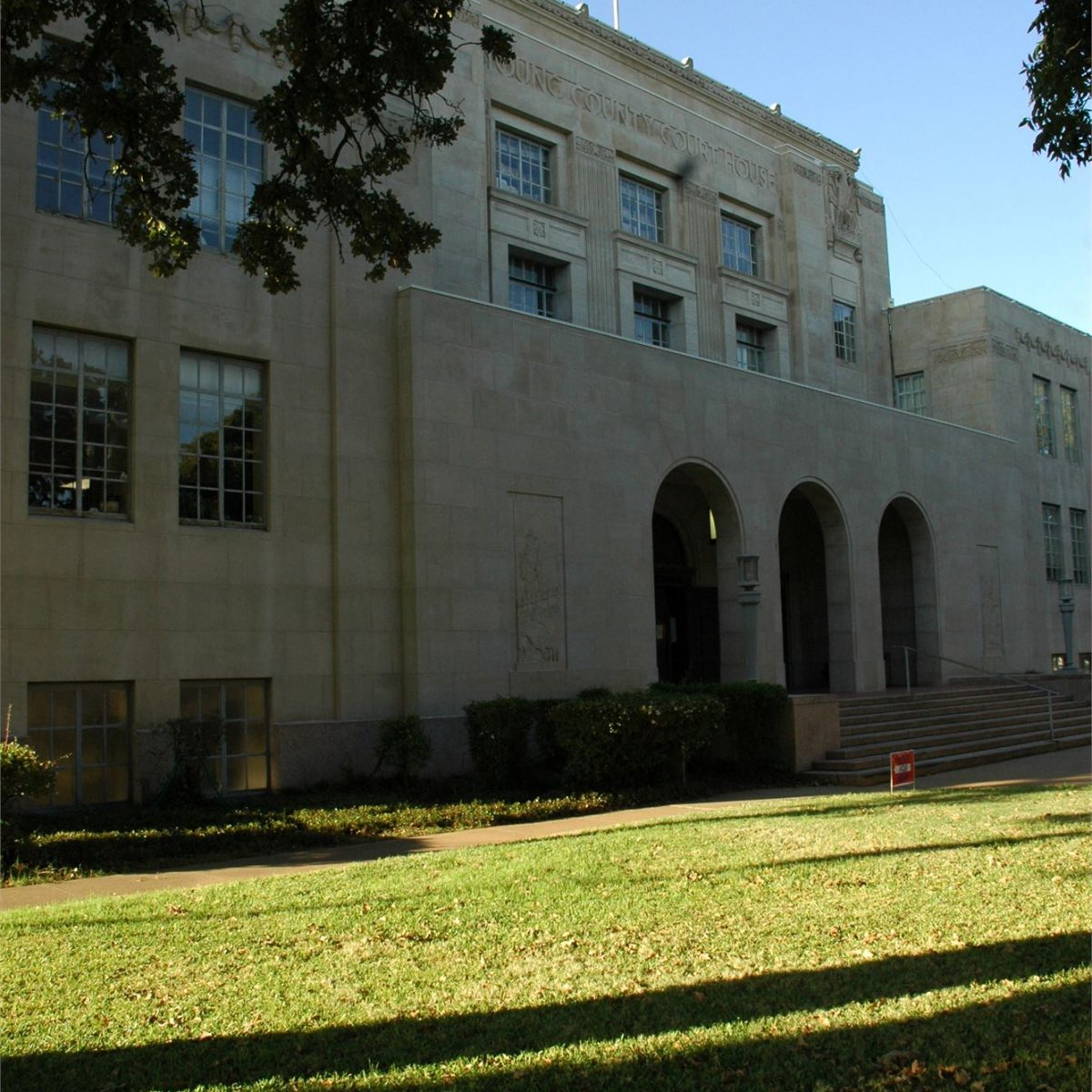 Young County Courthouse left view