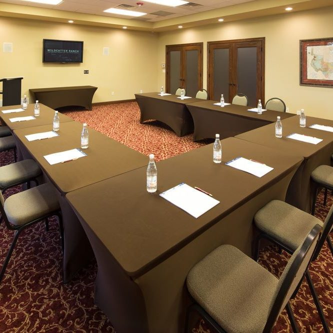 Wildcatter Ranch and Resort meeting room